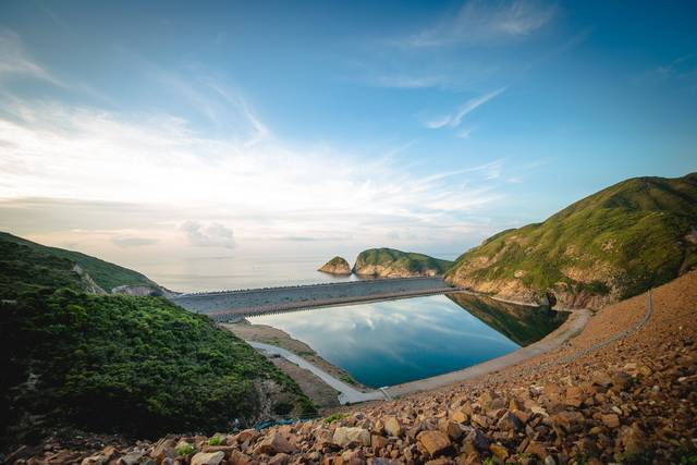 Top 5 hiking spots in Hong Kong that you couldn't miss
