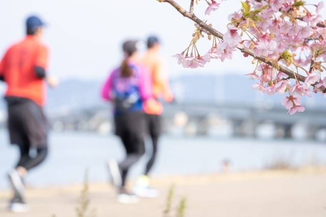 Is it safe to run in Tokyo at night?