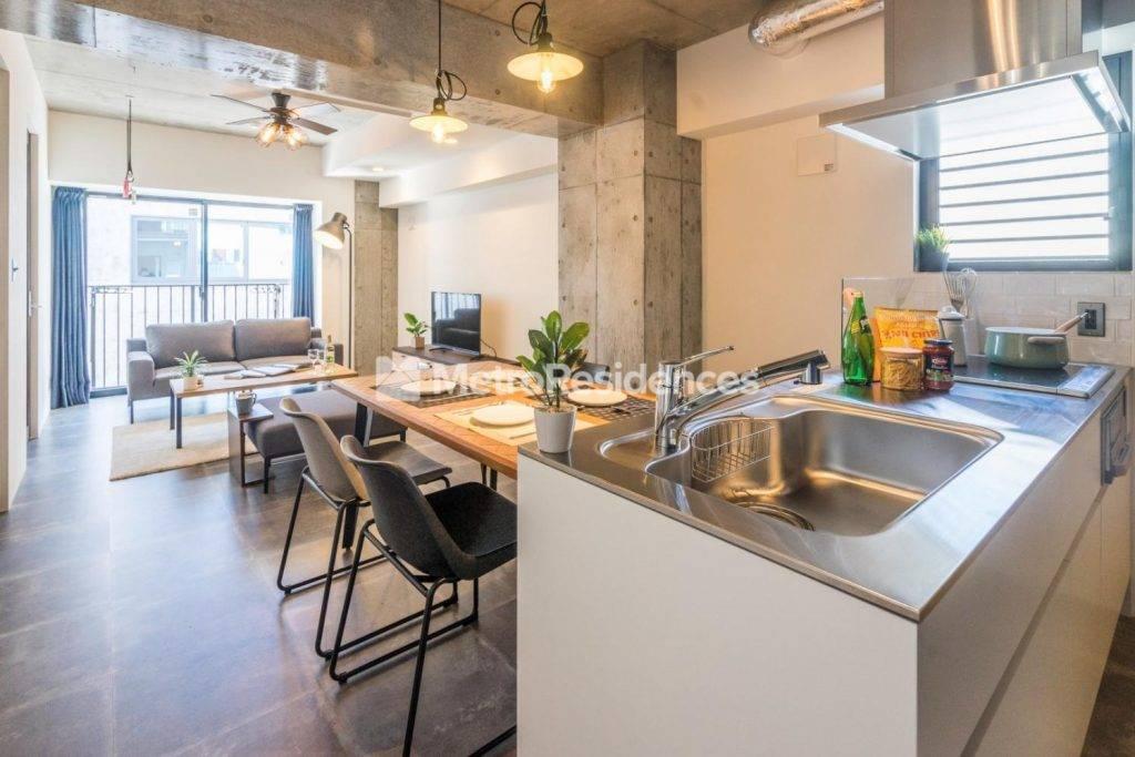 マンスリーマンション・サービスアパートメント備え付けの家具や家電、備品の違い